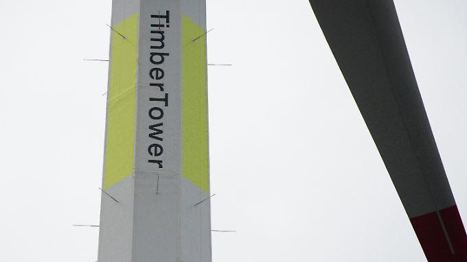 Der TimberTower ist der weltweit erste Holzturm für eine Windkraftanlage der Multimegawattklasse.