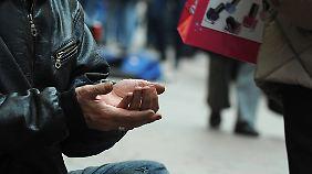 Armut in Deutschland auf Rekordniveau: 15 Prozent der Bürger gefährdet