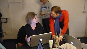Glücklich unter Gründern: Beate Wedekind mit Peter Borchers