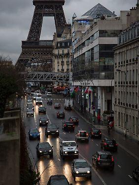 Das triste Wetter in Paris passt zur ökonomischen Lage Frankreichs.