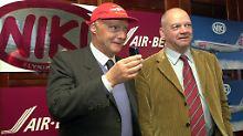 Niki Lauda mit dem Chef von Air Berlin, Joachim Hunold.