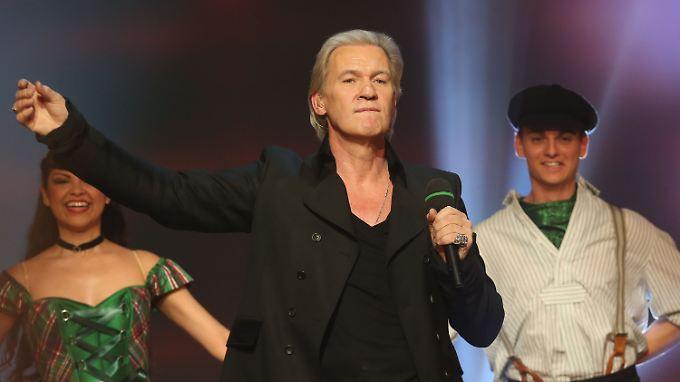 "Johnny Logan Ende Dezember 2012 bei der Generalprobe zur ARD-Sendung ""Musikantenstadl""."