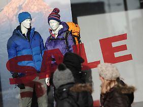 """Nach Ansicht vieler Händler hätten die """"Sales"""" im November besser laufen können."""