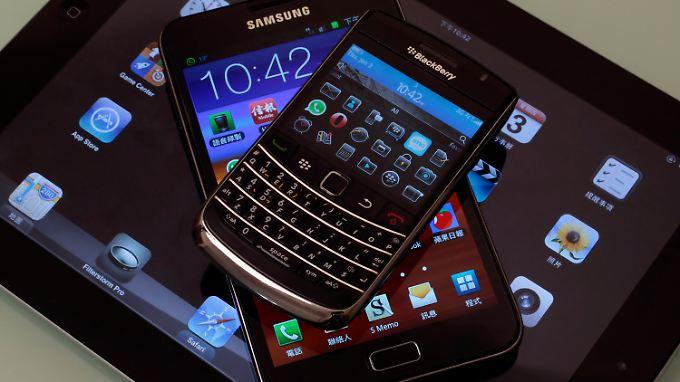 Gehören längst zu den Haushaltsartikeln: Tablets und Smartphones.