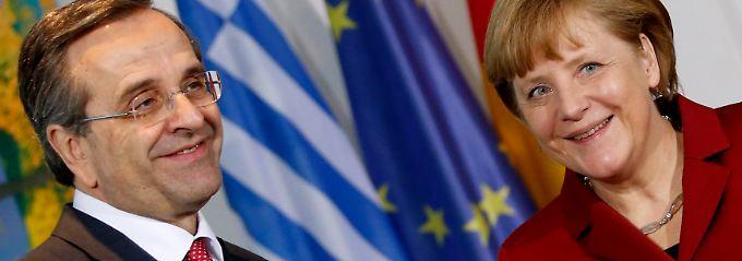 Samaras und Merkel beantworten die Fragen der Pressevertreter in Berlin.