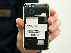 Mehr Flexibilität: Dual-SIM-Handys haben im Gegensatz zu anderen Mobiltelefonen Platz für zwei SIM-Karten.