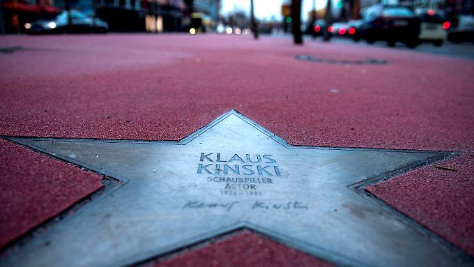 Die Jury will über Klaus Kinskis Stern beraten.