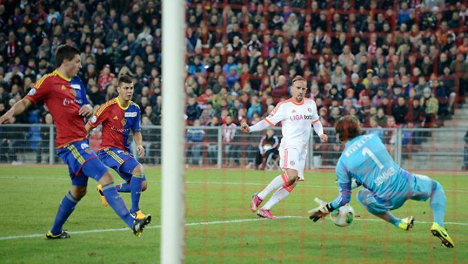 Nach 37 Minuten stand es bereits 3:0 für die Bayern, Franck Ribery setzte den Schlusspunkt.