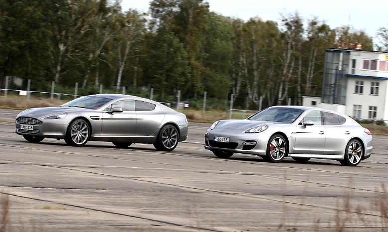 Sie sind stark, schnell, luxuriös - und sehr teurer: Aston Martin Rapide und Porsche Panamera gehören zu den sportlichsten Viertürern, die es zu kaufen gibt.
