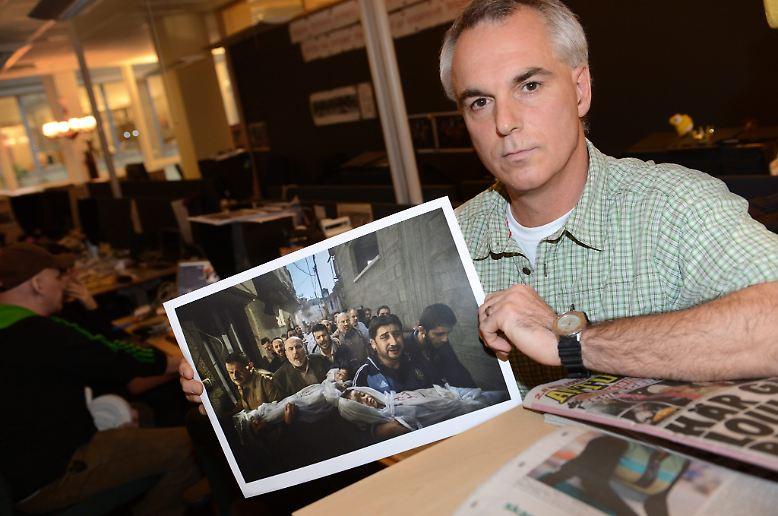 Die internationale Jury des World Press Photo Contest kürte die Aufnahme des Schweden Paul Hansen zum Pressefoto des Jahres 2011.