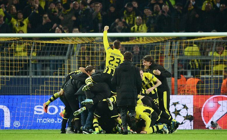 In einem unglaublichen Fußball-Thriller mit Happy End hat Borussia Dortmund …