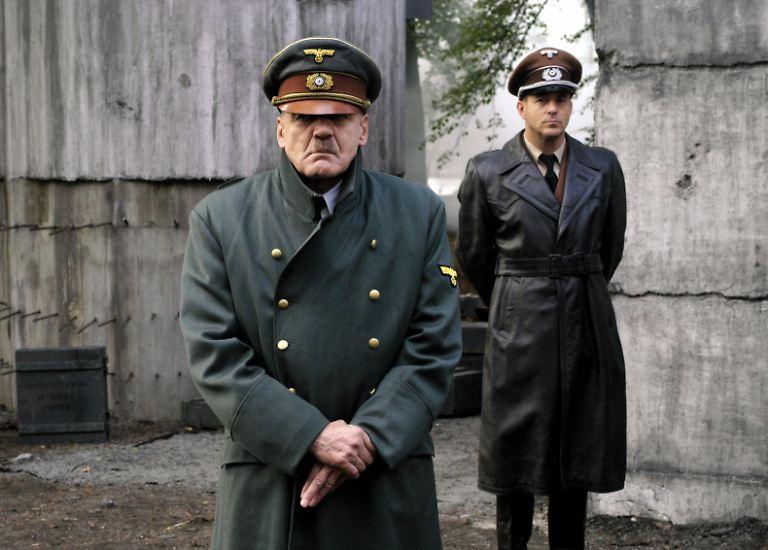 Alle Jahre wieder? Nein, irgendwo auf dieser Welt versucht fast täglich jemand, mit einem Nazi-Vergleich auf sich aufmerksam zu machen.