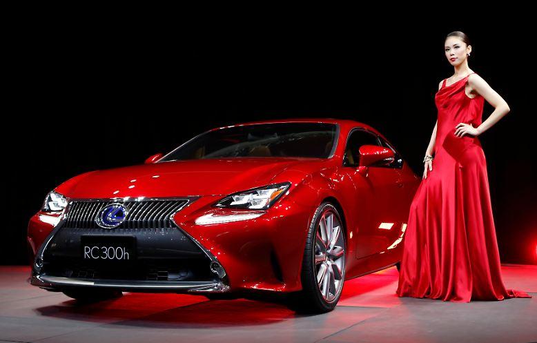 Auf der Tokio Motor Show präsentiert Toyotas edle Tochter Lexus das Mittelklassecoupé RC. Damit sollen im kommenden Jahr wieder einmal die deutschen Premiumhersteller angegriffen werden.