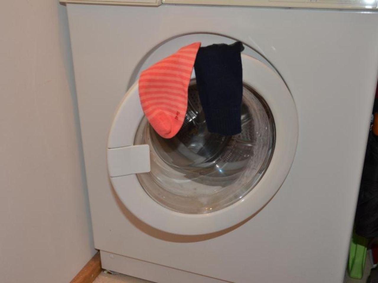 mitmieter ver rgert wenn die waschmaschine l rmt n. Black Bedroom Furniture Sets. Home Design Ideas