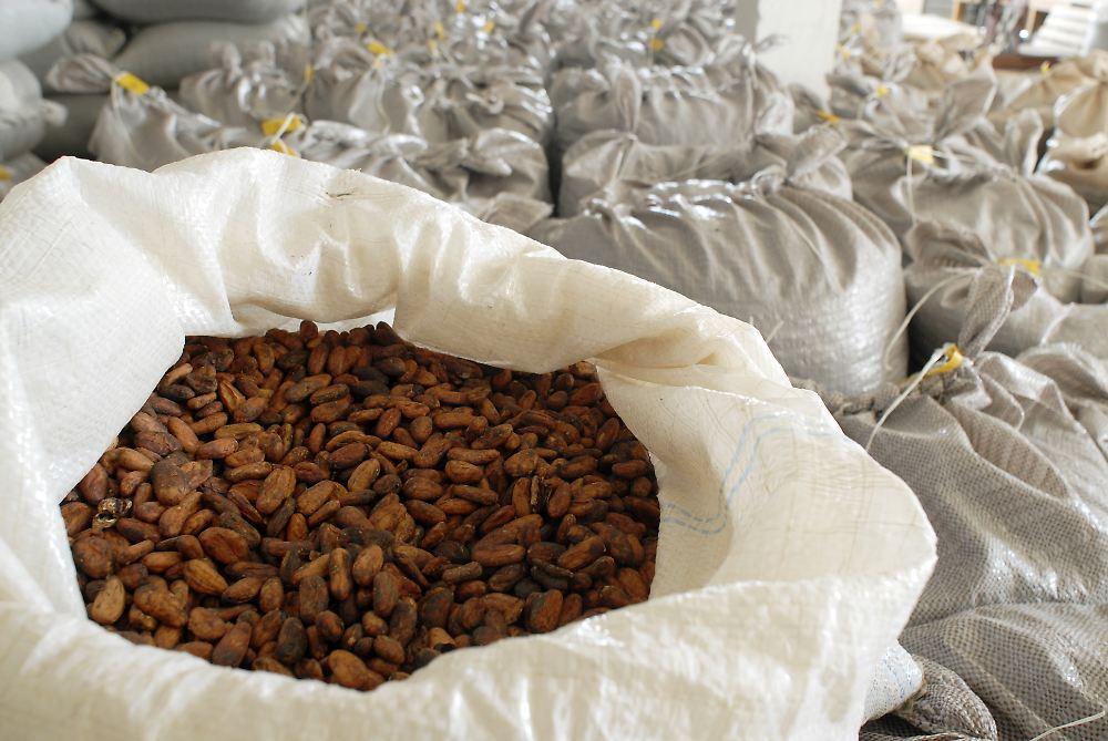 kakaopreis klettert auf mehrjahreshoch dramatischer. Black Bedroom Furniture Sets. Home Design Ideas