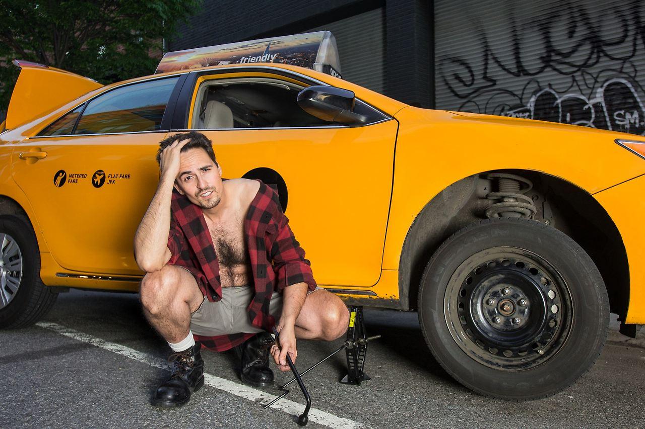 Nackt Auto Fahren