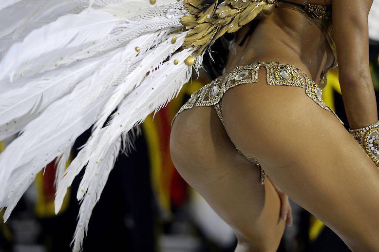 Der Karneval in Rio de Janeiro ist bunt und wild.