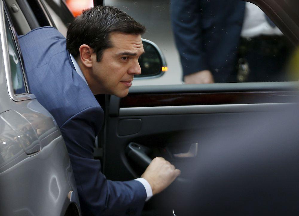 wie lange h lt er noch durch keiner stellt tsipras infrage n. Black Bedroom Furniture Sets. Home Design Ideas