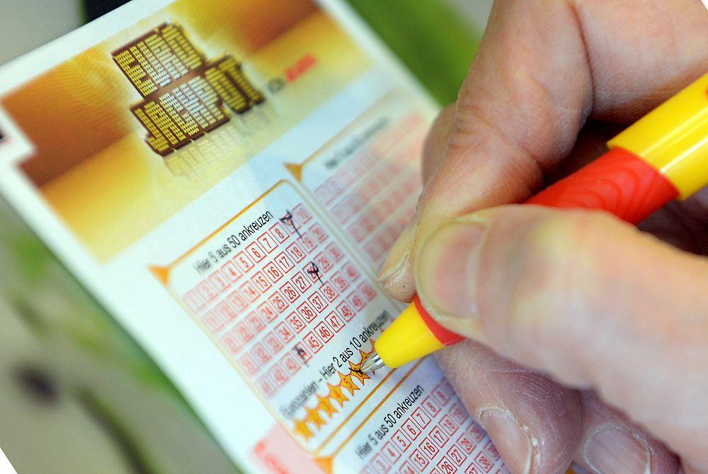 gewinnwahrscheinlichkeit eurojackpot