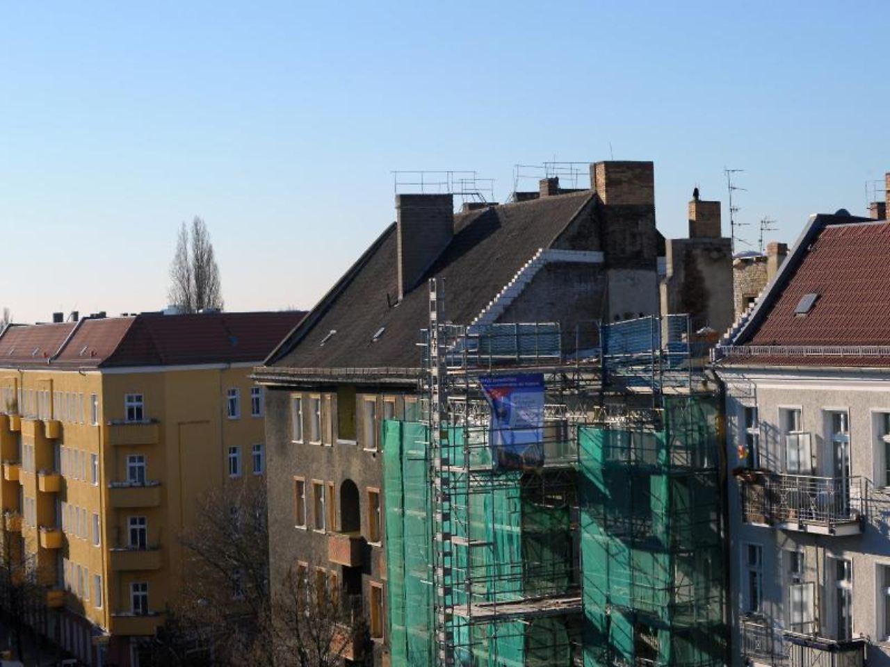 wohnen im dachgeschoss beim ausbau lauern viele fallen n. Black Bedroom Furniture Sets. Home Design Ideas
