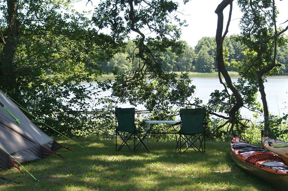 der tag campingplatz verbietet kinder unter 14 jahren n. Black Bedroom Furniture Sets. Home Design Ideas