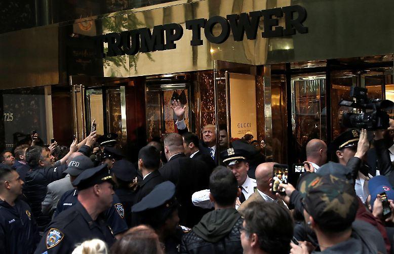 Im Trump Tower geht es seit der US-Präsidentschaftswahl zu wie in einem Taubenschlag.