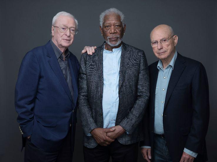 ... Morgan Freeman, Michael Caine und Alan Arkin die lebenslangen Freunde Willie, Joe und Al, ...