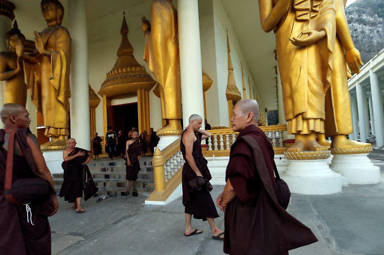 Das buddhistische Kloster ist bekannt dafür, Drogenabhängige zu behandeln.