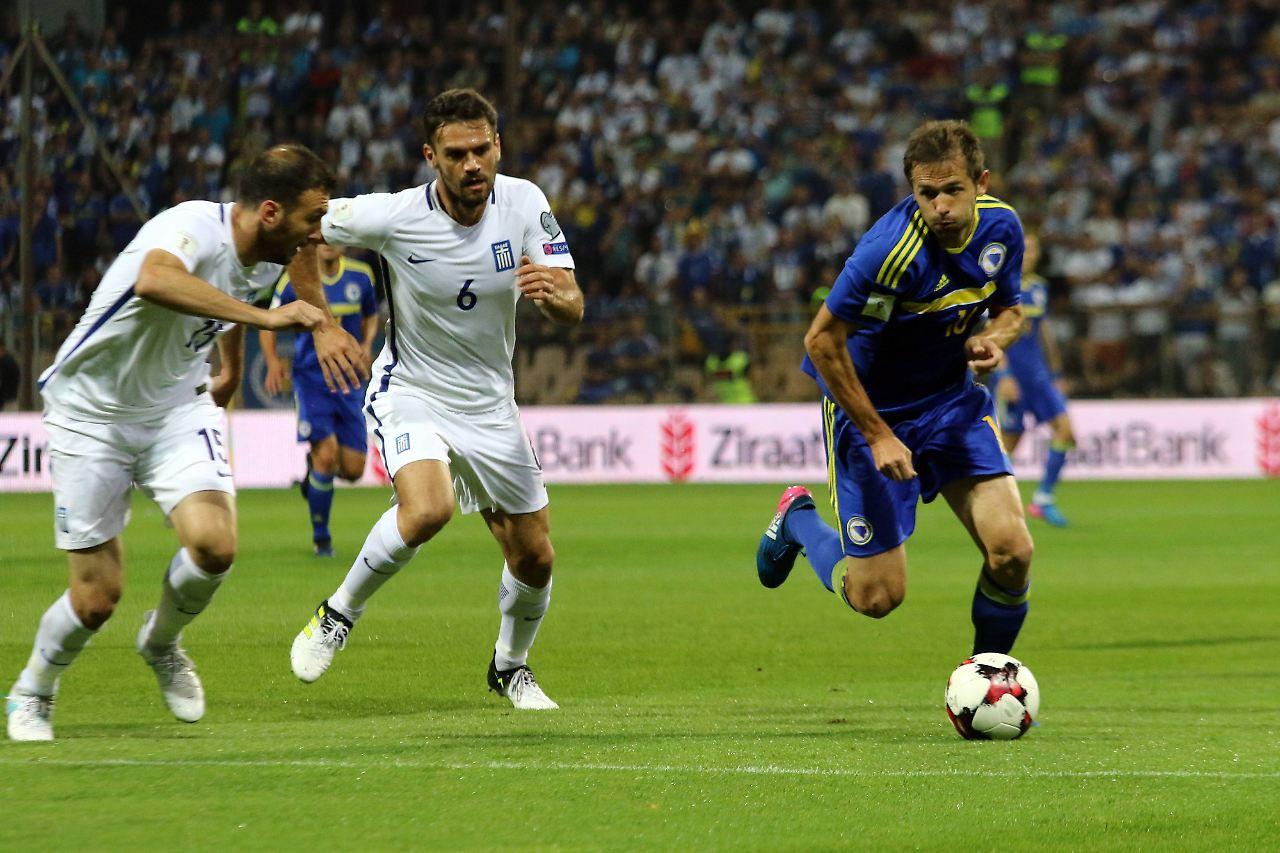 Pfiffe und Prügel bei Bosnien gegen Griechenland