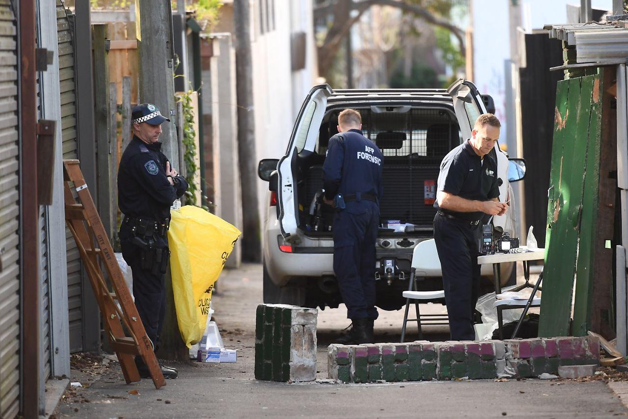 Großeinsatz - Polizei verhindert Terroranschlag gegen Flugzeug