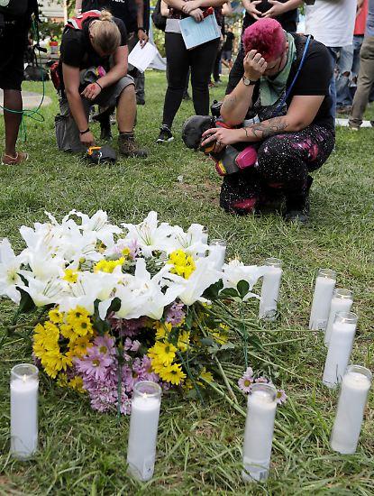Am Ende des Tages ist eine junge Demonstrantin tot, ...