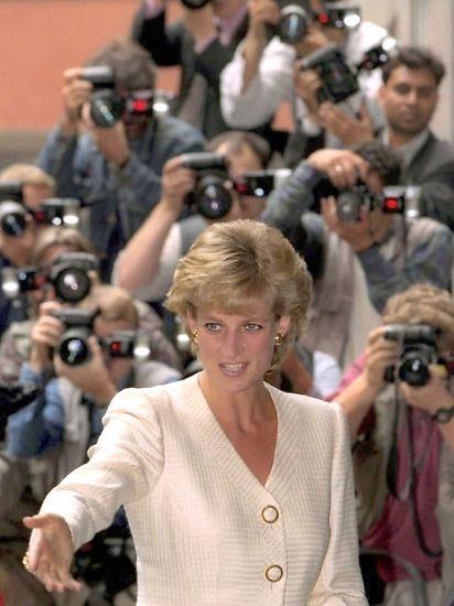 Sie gehörte zu den am meisten fotografierten Persönlichkeiten: Diana, Princess of Wales, gebürtige Frances Spencer.