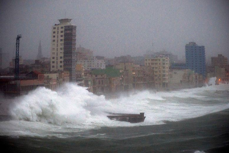 """Kuba ist Hurrikan-erprobt, der Katastrophenschutz gewappnet. Doch """"Irma"""", der stärkste Hurrikan, der je über dem Atlantik gemessen wurde, richtete auch auf Kuba ..."""