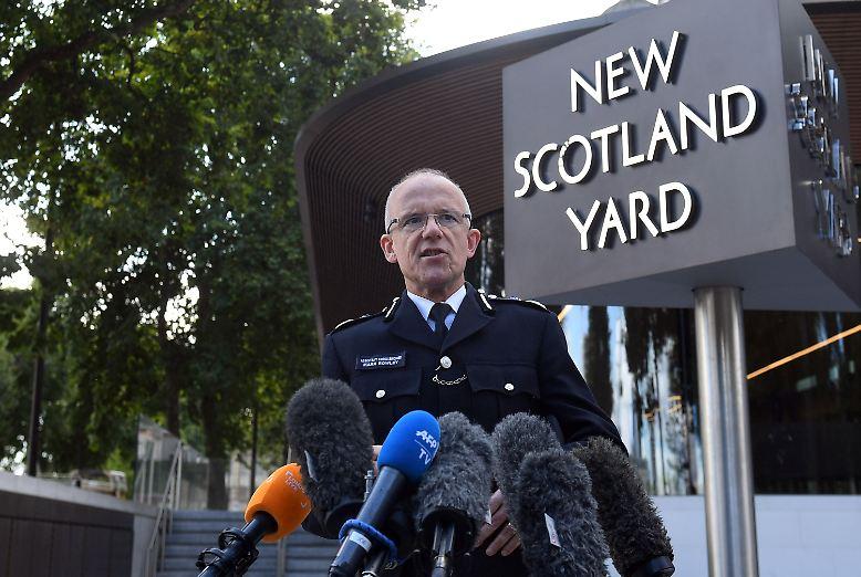 Sie sei durch einen selbstgebauten Sprengstoff ausgelöst worden, sagt der Chef der Anti-Terror-Abteilung der britischen Polizei, Mark Rowley.