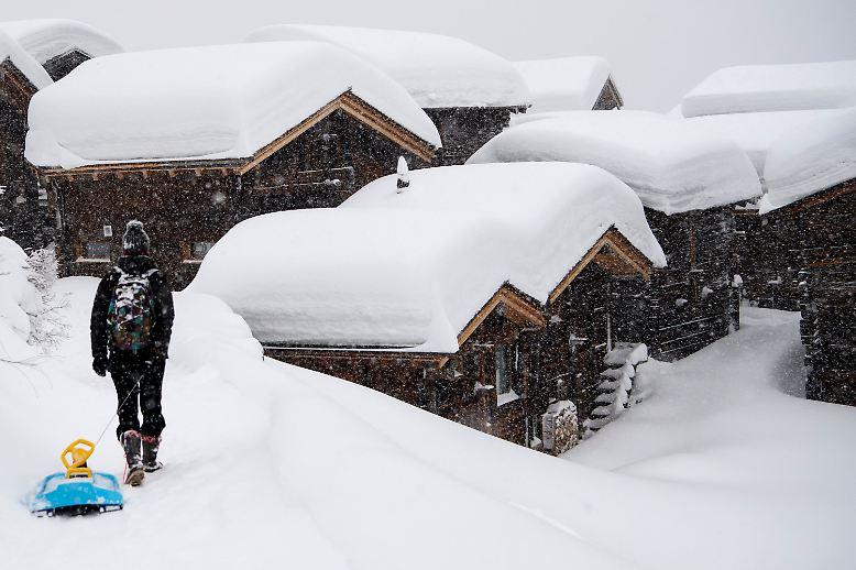 Eigentlich ist reichlich Schnee im Winter ein Segen für die Alpen.