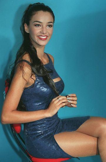 Verona Pooth wird 50! Unglaublich. Stilikone, Moderatorin, Werbegesicht in Funk und Fernsehen.