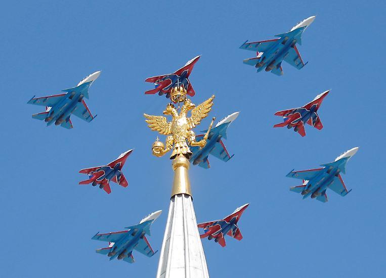 Russland und andere Ex-Sowjetrepubliken feiern jedes Jahr am 9. Mai den Sieg über Hitler-Deutschland im Zweiten Weltkrieg.