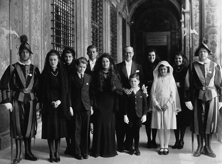 Die Kennedys faszinieren. In einem Land ohne Adel und ohne König sind sie das heimliche Königshaus.