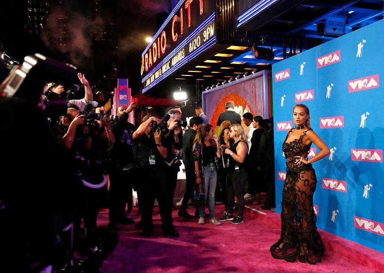 Bei den MTV Video Music Awards trifft sich die Crème de la Crème der Musikszene. Sehen und gesehen werden ...