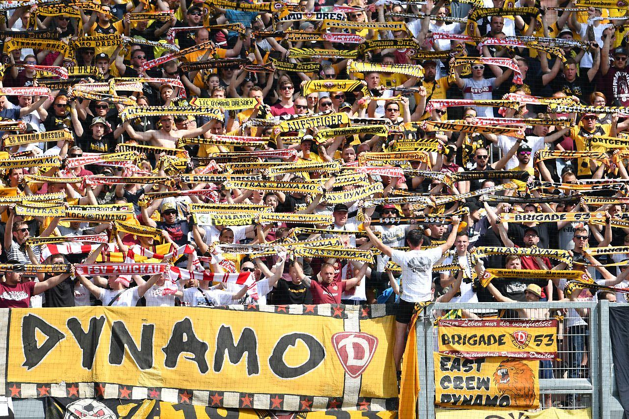 Hsv Gegen Dynamo: Polizisten Müssen Nach Chemnitz: DFL Sagt Dynamo Dresden