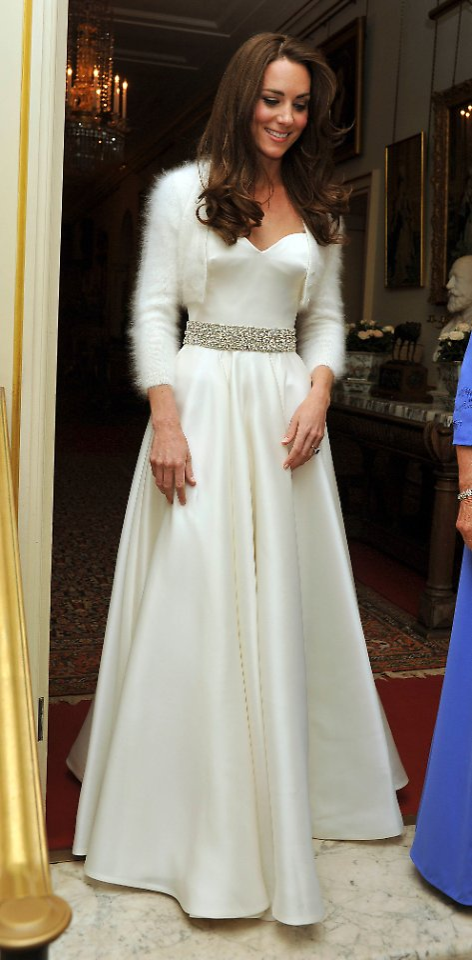 Herzogin Catherine wechselt die Kleidung: Nach der Hochzeit kommt ...