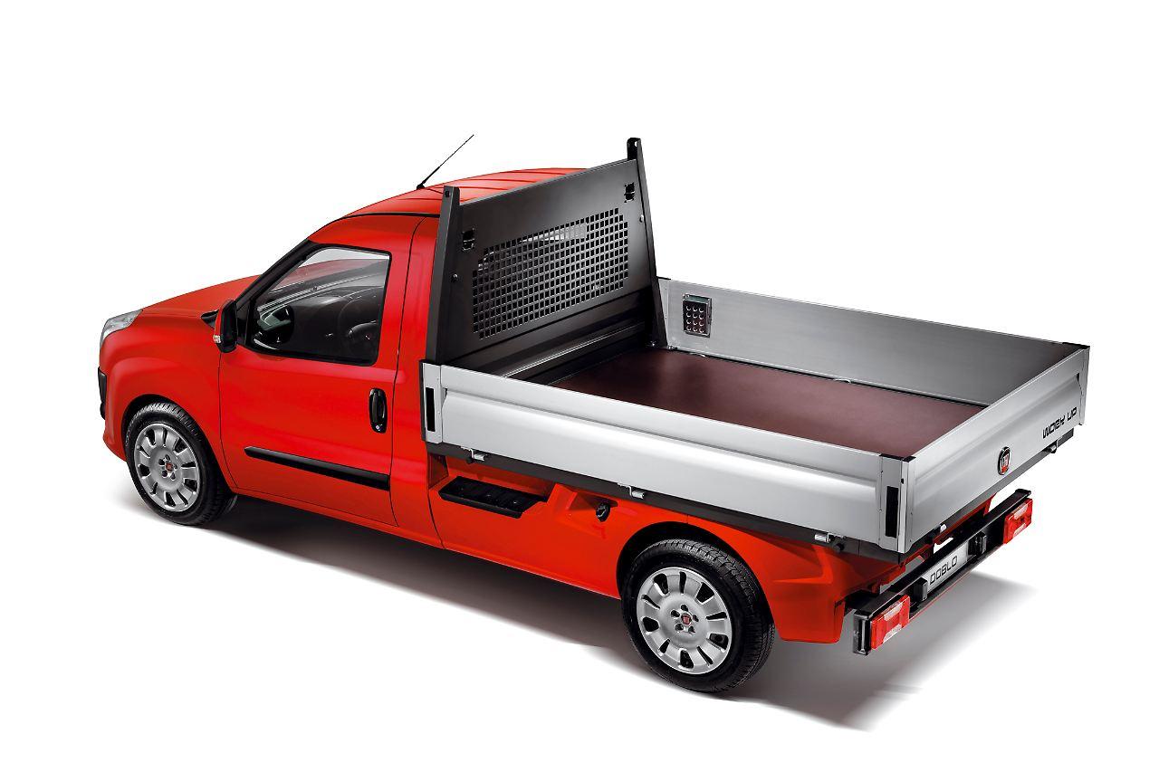 fiat dobl cargo work up fiat baut dobl als pritsche n. Black Bedroom Furniture Sets. Home Design Ideas