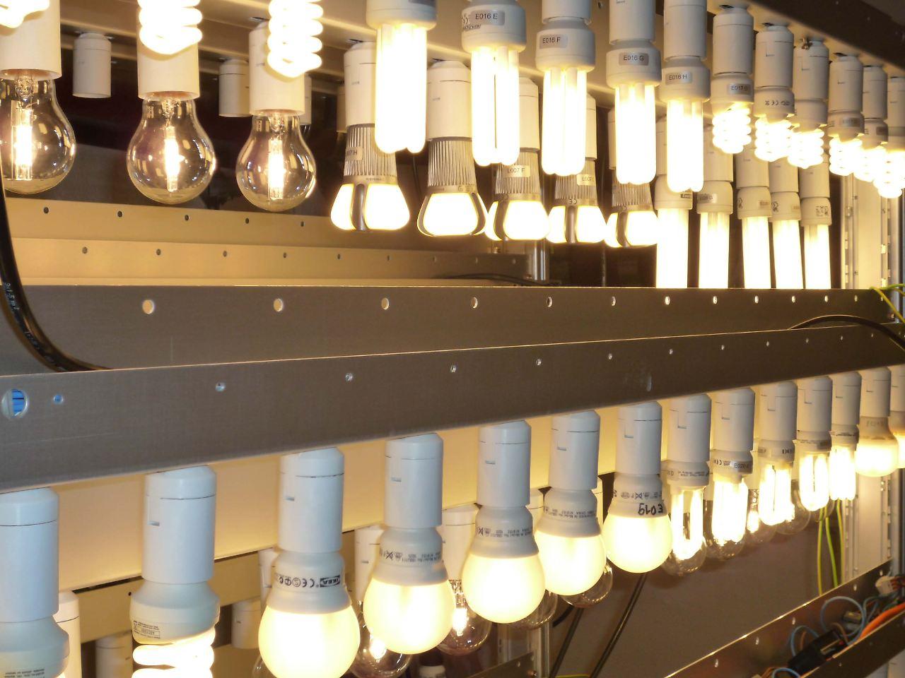 Warentest prüft Energiesparlampen: Richtig gut ist teuer - n-tv.de