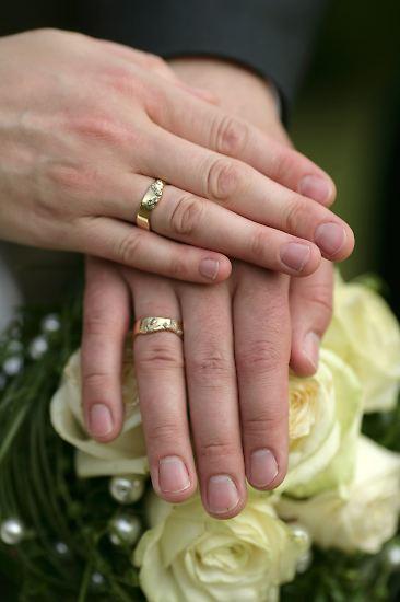"""Die Hochzeit: Sie wird oft als """"das schönste Ereignis im Leben"""" bezeichnet. Ein wichtiges, bedeutendes Ereignis ist es allemal, ..."""