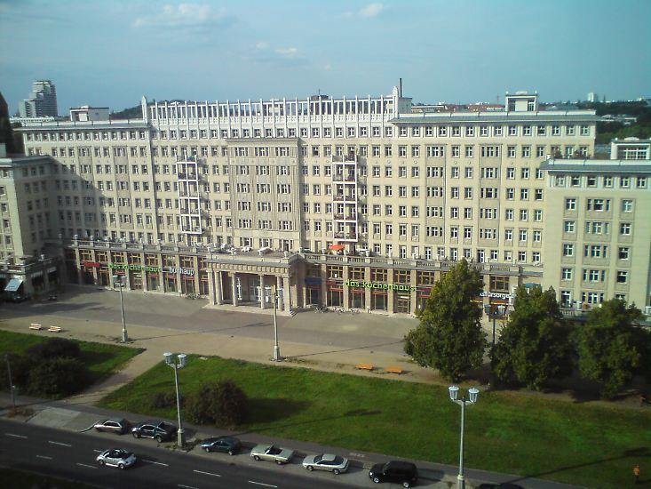 Kaum einer hat so nachhaltig das Bild der DDR bestimmt wie der Architekt Hermann Henselmann.