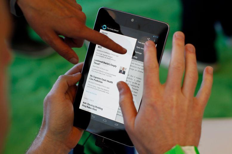 Mit einem eigenen kleinen Tablet-Computer rüstet sich Google für den Wettbewerb gegen Amazon und Apple.