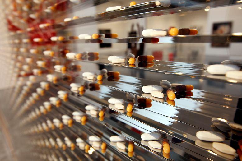 Die Gesundheit des Menschen ist ein einträgliches Geschäft. Allein die weltweit 30 größten Pharmaunternehmen setzen im Jahr rund eine halbe Billion Euro um.