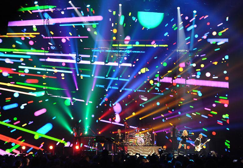 Eigentlich war bei den MTV Europe Music Awards ja alles da. Gastgeber ...