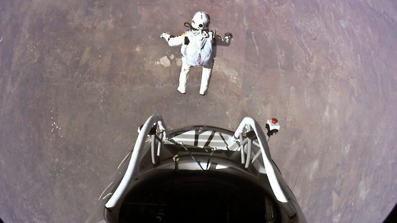 Felix Baumgartner lockte am 14. Oktober Millionen Zuschauer vor den Fernseher. Der wissenschaftliche Nutzen seines Stratosphärensprungs ist wohl ziemlich gering.