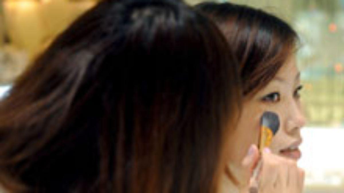Modetrends in Japan: Haut, weiß wie Porzellan - n-tv.de